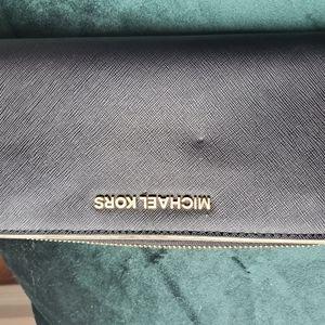 Michael kors safiano leather zip around wallet